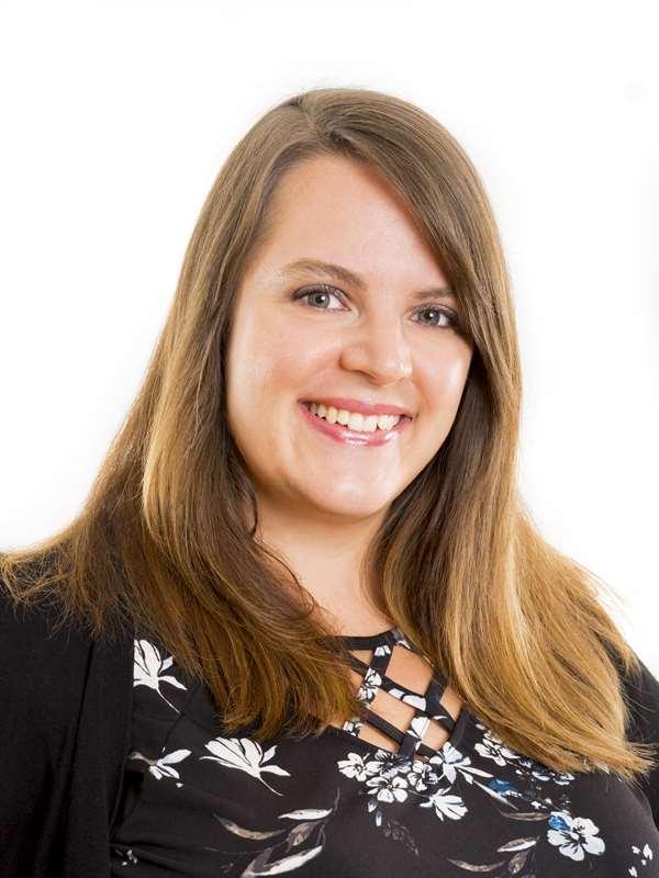 Portrait of Jennifer Walker
